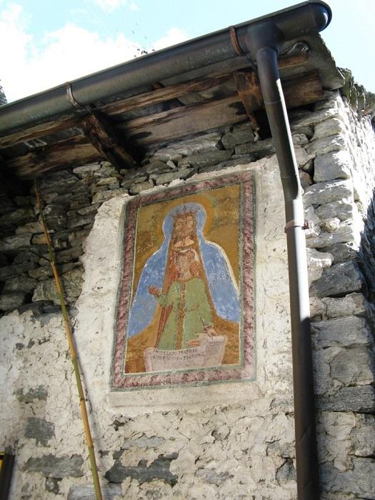 Старинная роспись стен.