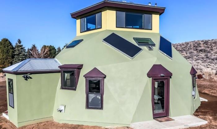 Eco-haven -дом-десятиугольник.