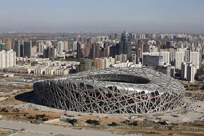 Стадион, известный в народе как «Гнездо».