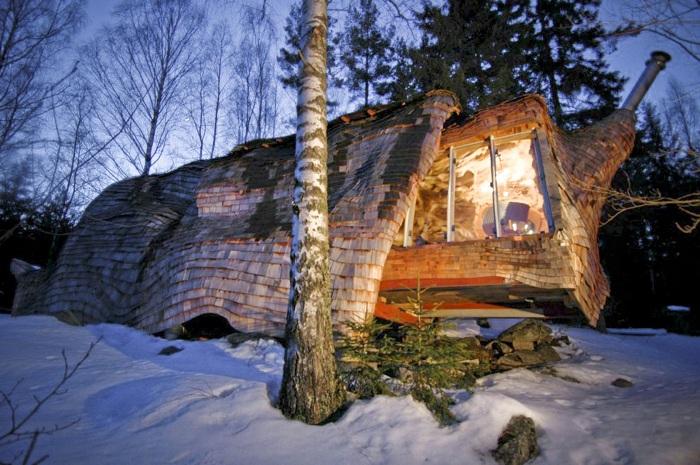 Dragspelhuset - дом в стиле хижины XIX века.