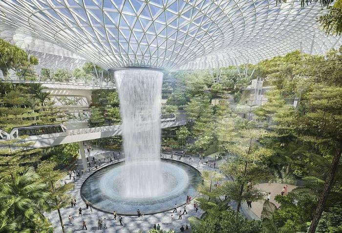 5-этажный ботанический сад с 40-метровым водопадом.