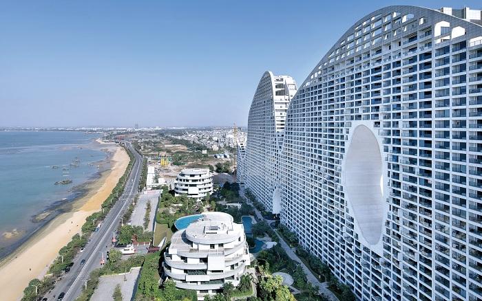 Fake Hills - жилой комплекс на юге Китая.