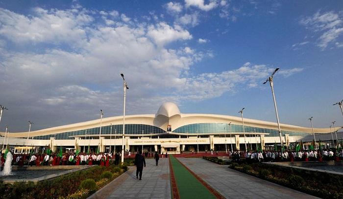 «Огуз хан» - крупнейший аэропорт в Центральной Азии.