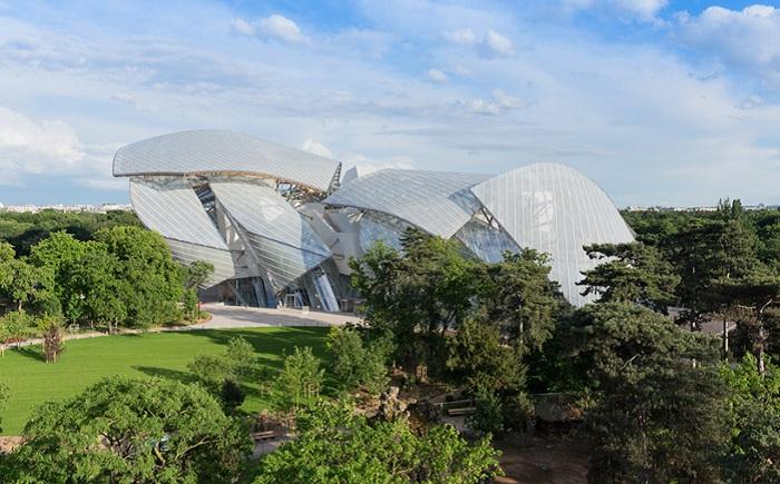 «Fondation Louis Vuitton» - музей современного искусства.