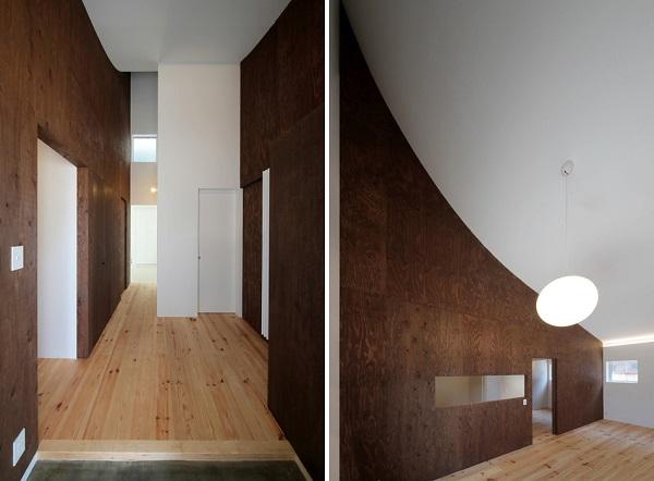 Монохромный особняк «KHT House». Вид изнутри.