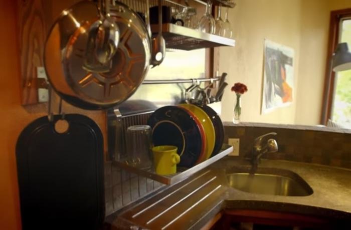 Рабочая поверхность кухни.