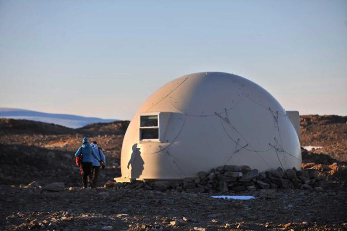 Купольный дом для проживания в Антарктиде.