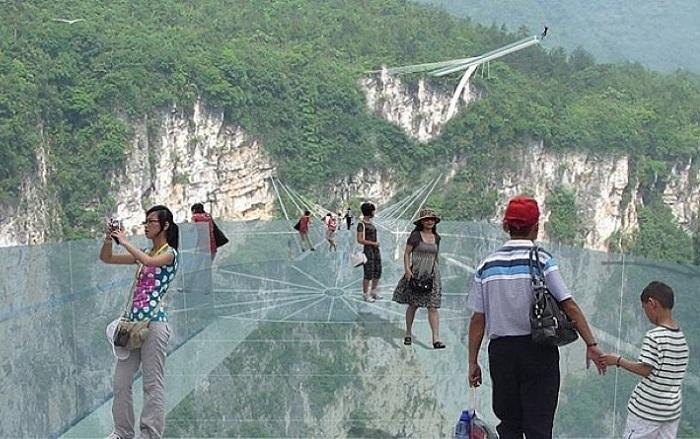 Посреди моста Чжанцзяцзе построят самую высокую в мире площадку для банджи-джампинга.
