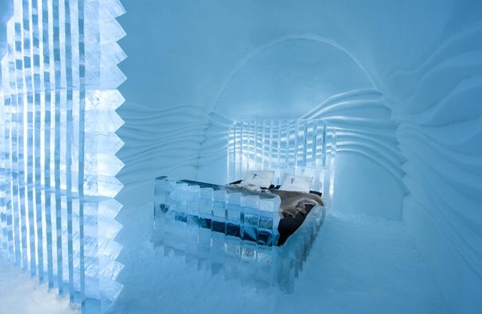 IceHotel - отель изо льда, расположенный в шведской Лапландии.