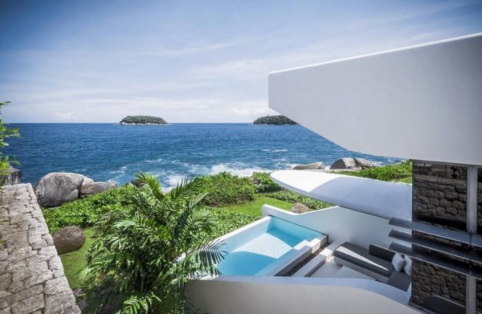 Kata Rocks - отельный комплекс с видом на море.