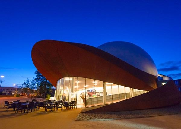 3D-планетарий, построенный в Голландии.