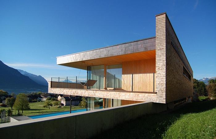Wohnhaus Schaan - жилой особняк с живописным видом на Альпы.