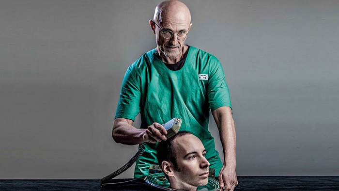 Итальянский хирург сделал трансплантацию головы человека. | Фото: im1.asset.yvimg.kz.