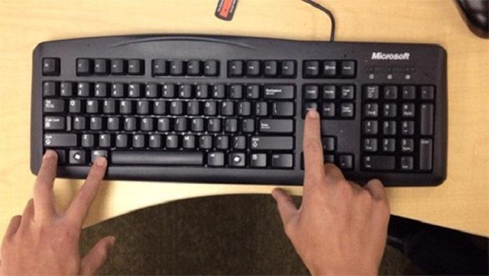 13 комбинаций клавиш, которые помогут управляться с компьютером гораздо быстрее.