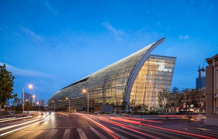 «Riverside 66» - торговый центр длиной в 350 метров.