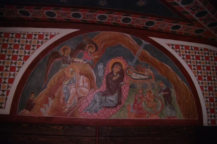 Фрески в домовой церкви.