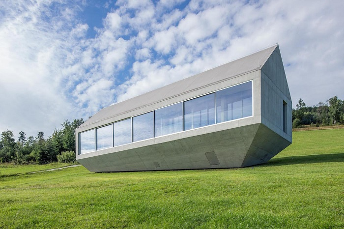 Konieczny's Ark - дом в виде сложного многогранника.
