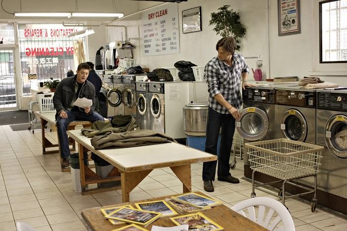 Американцы любят стирать вещи в прачечных.