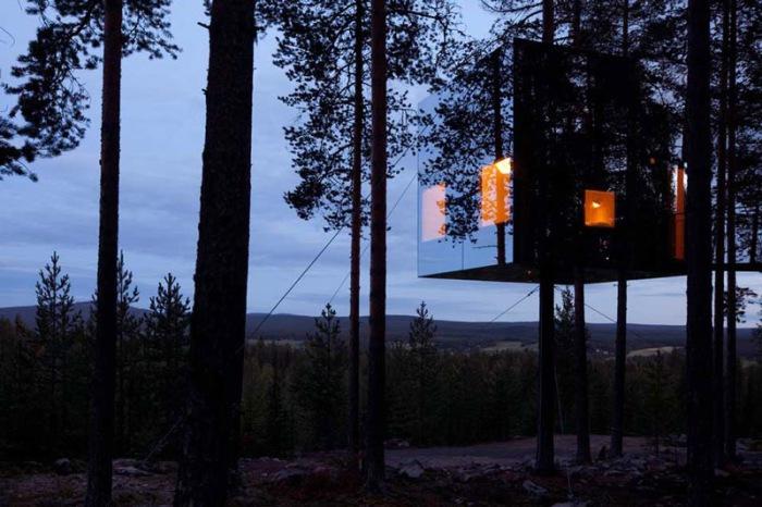 Оригинальный отель в лесу.