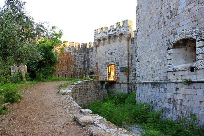 В Черногории появится отель, построенный в стенах бывшего концлагеря.