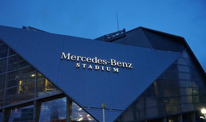Mercedes-Benz Stadium - стадион-трансформер.