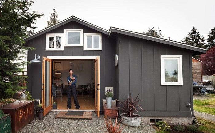 Дом, переделанный из гаража.