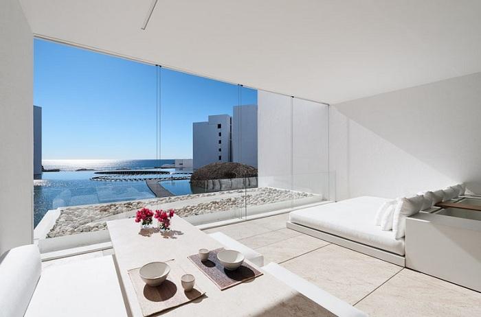 Mar Adentro - минималистский белоснежный отель.