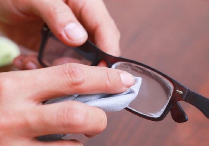 Так же можно обработать очки и водолазные маски, стекла в автомобиле. | Фото: vrutmilife.com.