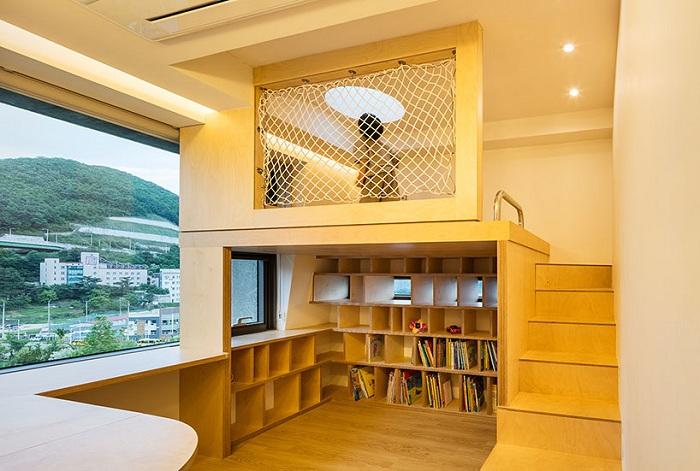 Частный дом от фирмы Moon Hoon. Игровая зона.