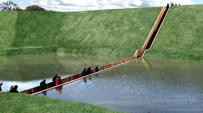 Moses Bridge - мост, построенный ниже уровня воды.