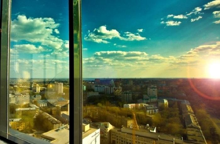 Какой этаж в многоэтажном здание оптимален для проживания. | Фото: gorod342.ru.