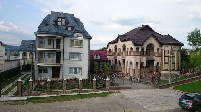Нижняя Апша - самое богатое село в Украине.
