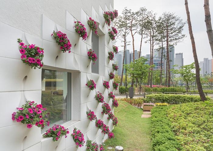 Дом с вертикальным садом.