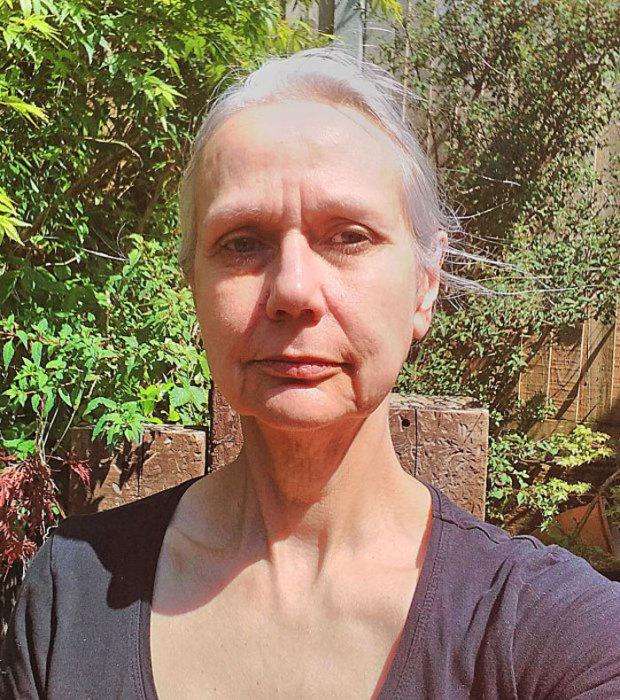 Модель Джоанна, которая снялась в откровенной фотосессии в 58 лет.