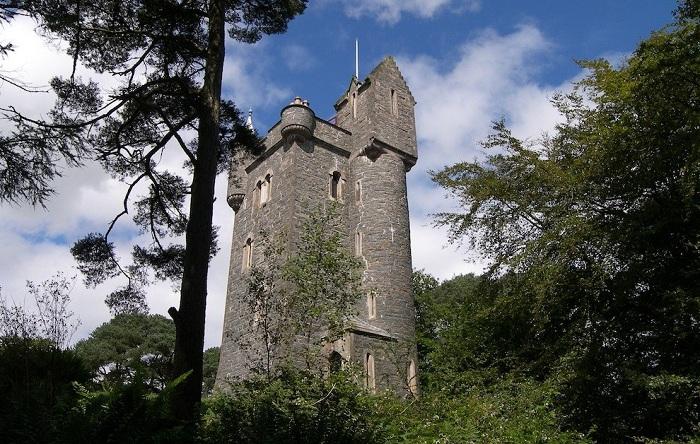 Helen's Tower напоминает башню Рапунцель.