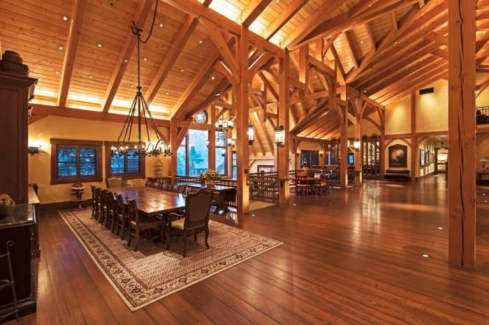 The Barn. Второй єтаж.