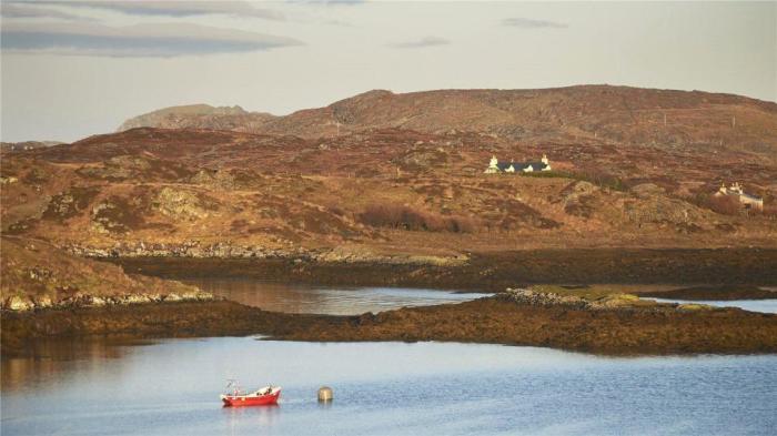 Дом на необитаемом острове.