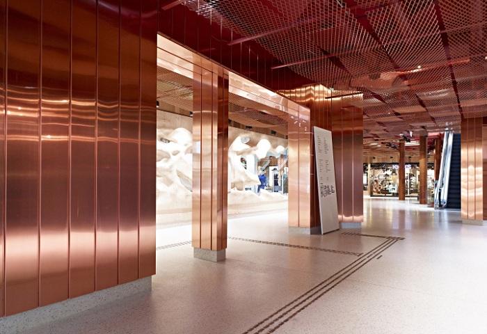 Торговые площади Paleet Shopping Center выдержаны в одной стилистике.