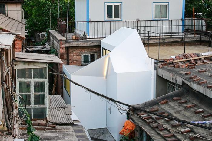 Fan's Plugin House - дом площадью всего 27,8 кв. метров.