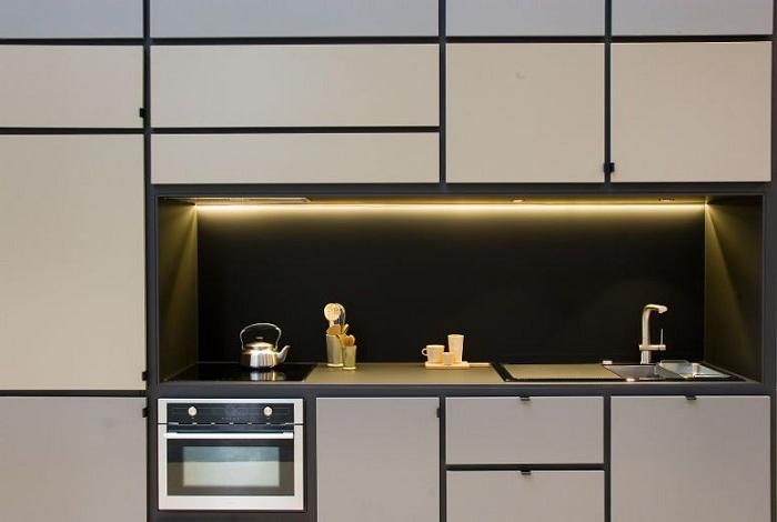 Кухня, встроенная в Cubitat.