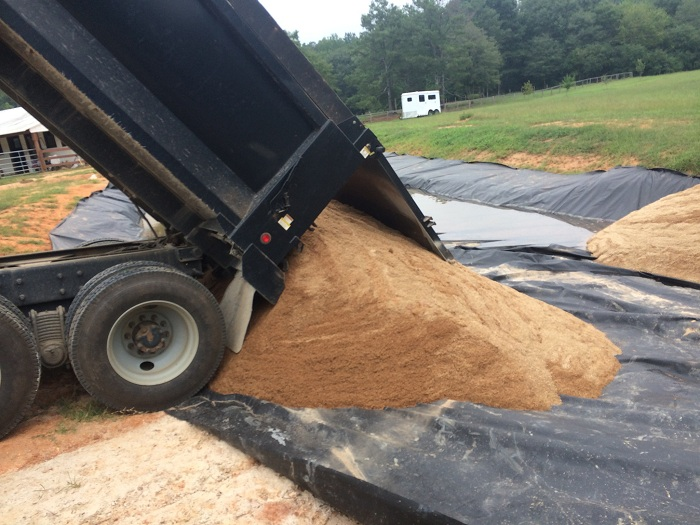 Первый слой - песчанный. | Фото: imgur.com/a/5JVoT#R7pfR1j.