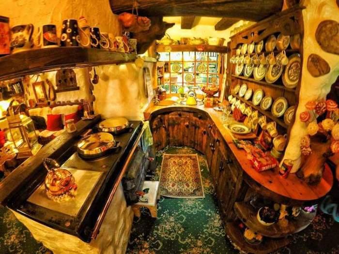 Домик хоббита в Шотландии. Кухня.