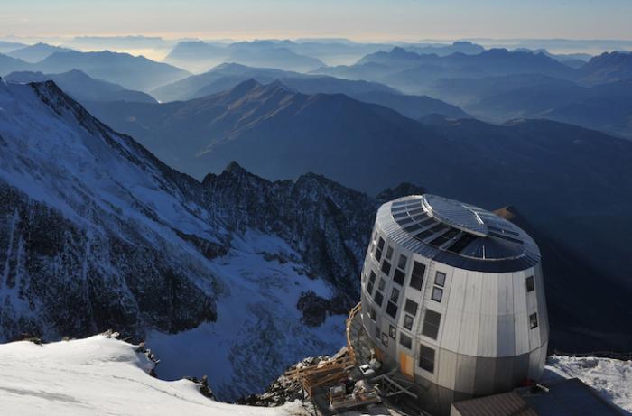 Refuge du Gouter - эко-отель, расположенный в Альпах.