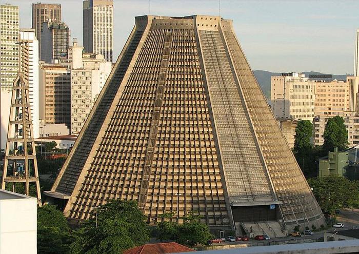Собор Святого Себастьяна в Рио-де-Жанейро.