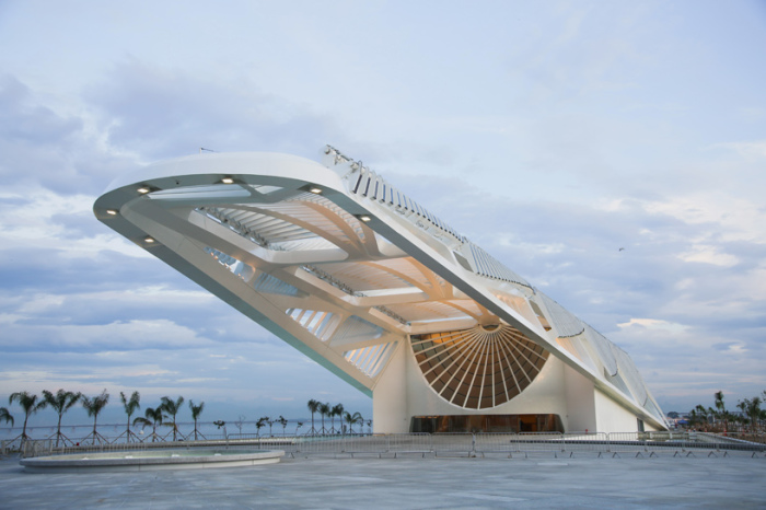 Музей Завтрашнего дня в Рио-де-Жанейро.