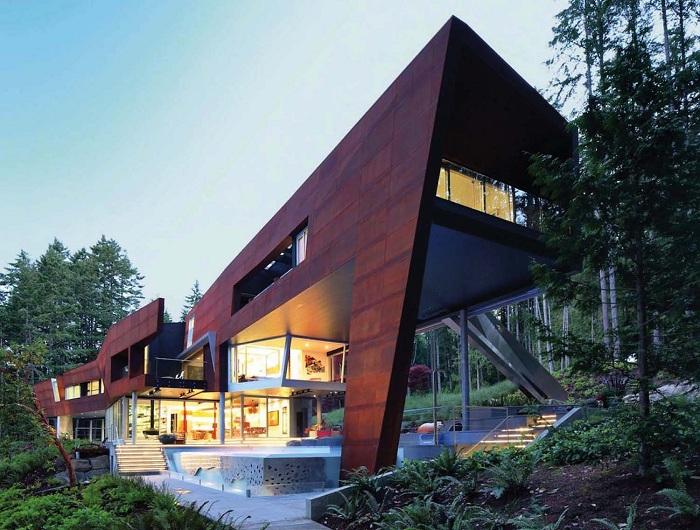 Дом из кортеновской стали на острове Галф (Канада).