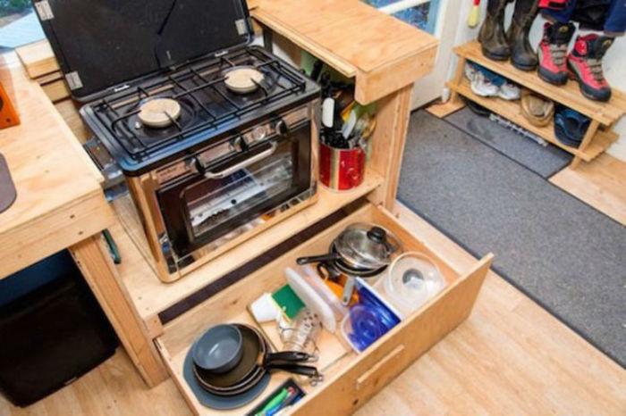 Миниатюрный домик. Мини-кухня.