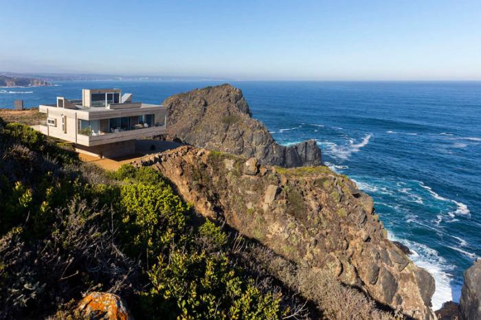 Casa Mirador - вилла на скалистом уступе.
