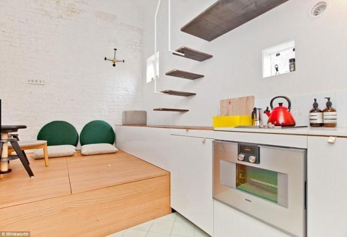 Совмещенные гостиная и кухня.