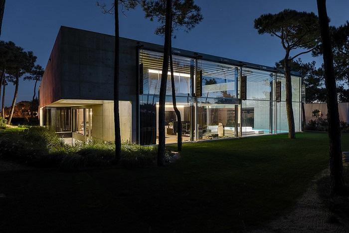 Wall House - дом на Португальской Ривьере.